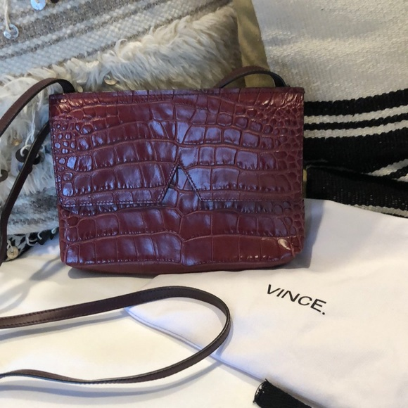 Handbags - Vince clutch/crossbody